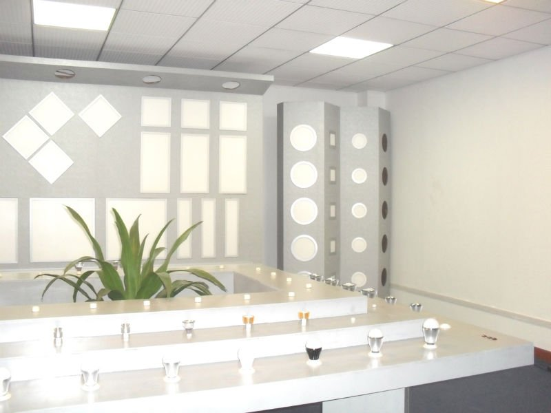 Samsung_Patent_led_600x600_ceiling_panel_light LEDs 10 uses in Architecture