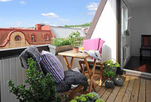 Simple-Small-Apartment-Terrace-Design-06 How Do You Choose Your Balcony Furniture?