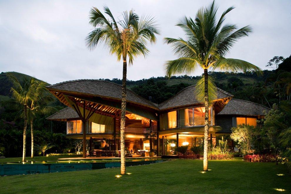 Tropical-house-design-Rio-de-Janiero-Brazil-13 10 Design Secrets any Residential Architect Should Consider