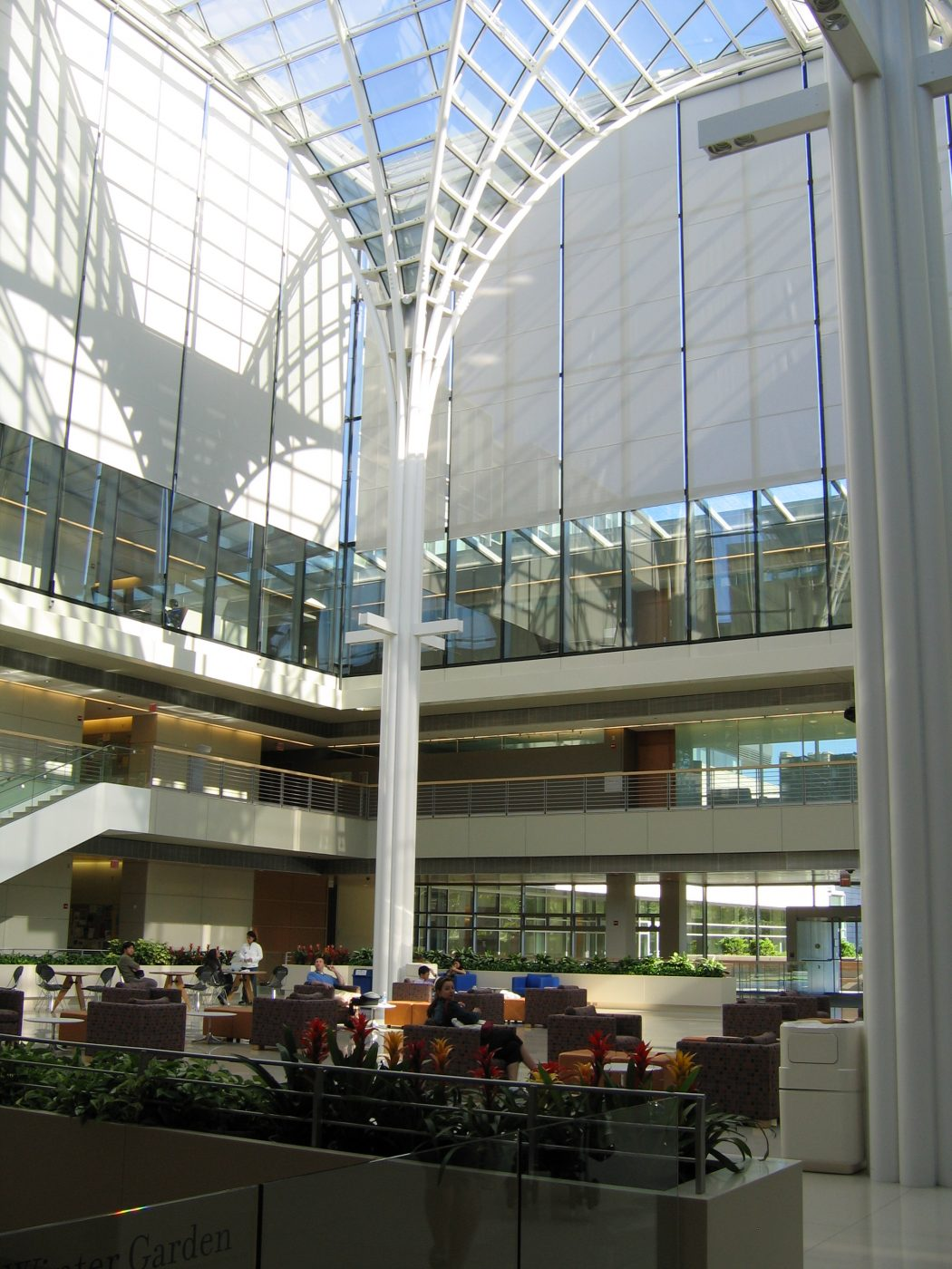 University-of-chicago-business-school-atrium TOP 10 Most Expensive Colleges in The World