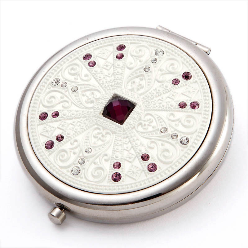 VANCL-Cosmetic-Compact-Mirror-Floral-Compass_7657491.bak_ Best 20 giveaways ideas for birthdays