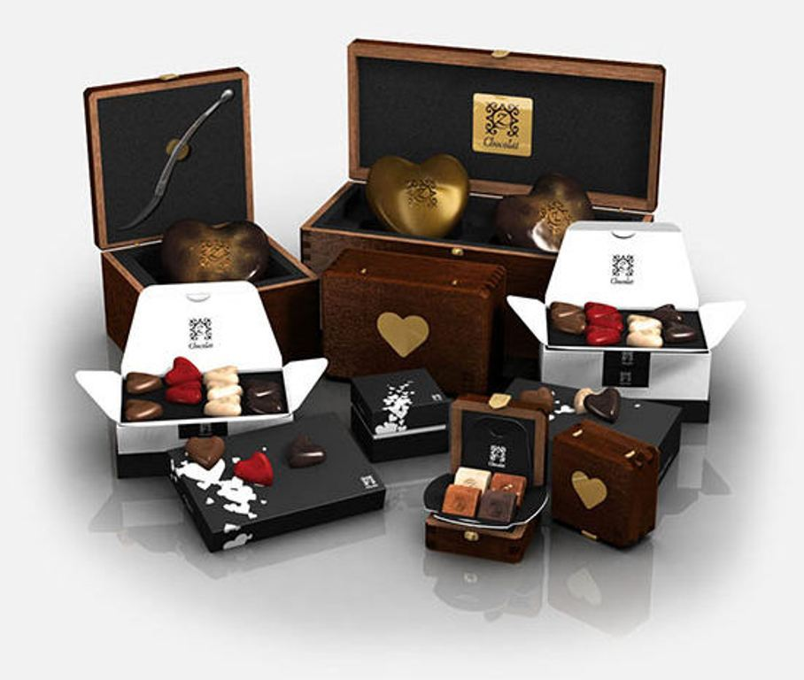 Valentines-Day-gift-main-photo 35 Most Mouthwatering Romantic Chocolate Gifts