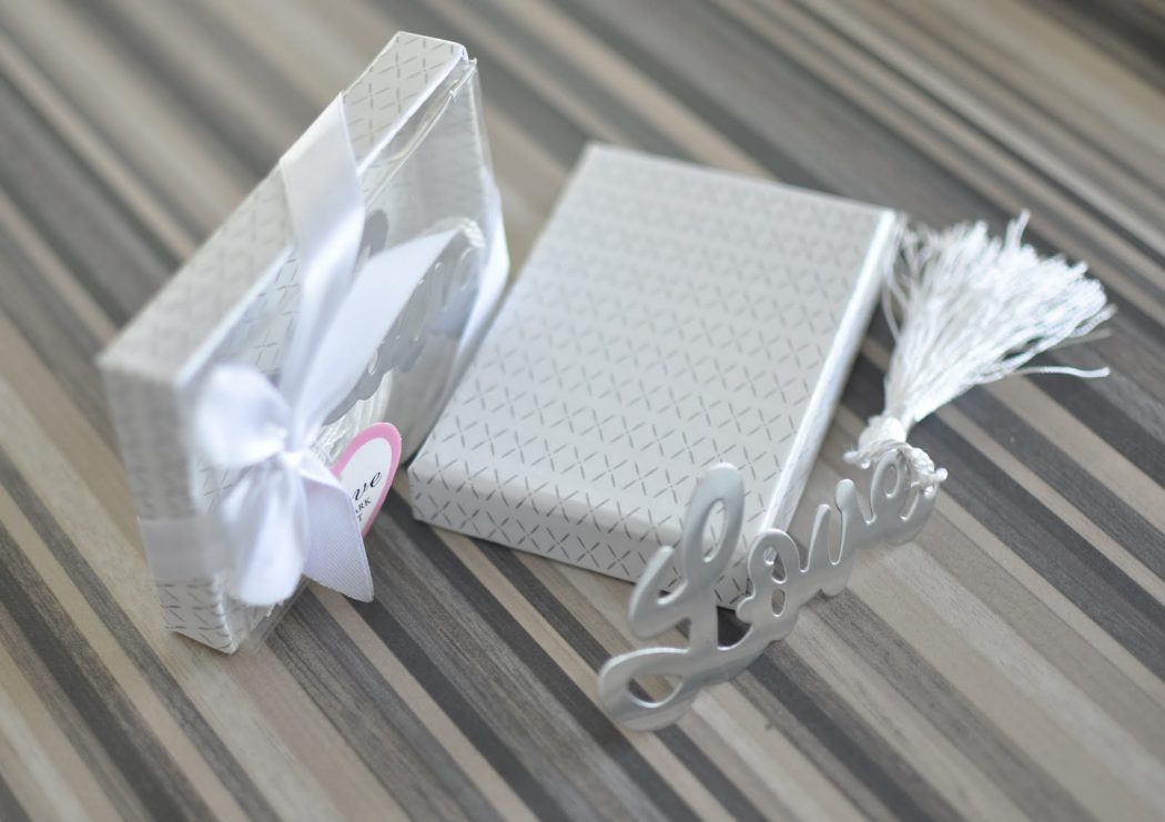 WED1017-Stylish-Love-Bookmark-1 Best 20 giveaways ideas for birthdays