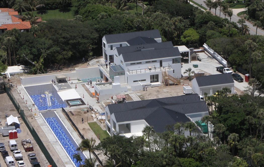 Top 15 most expensive celebrity homes 2014 pouted online Images of tiger woods house