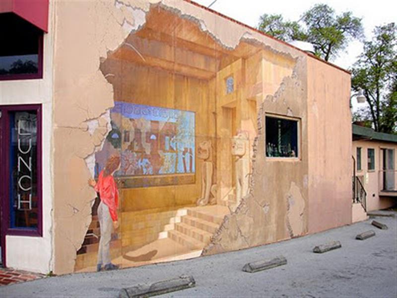 Wall-Art-Medium 25 Strangest Wall Paintings
