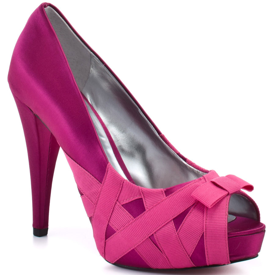 ZPH267_MAIN_LG Why All Women Like Paris Hilton Shoes?