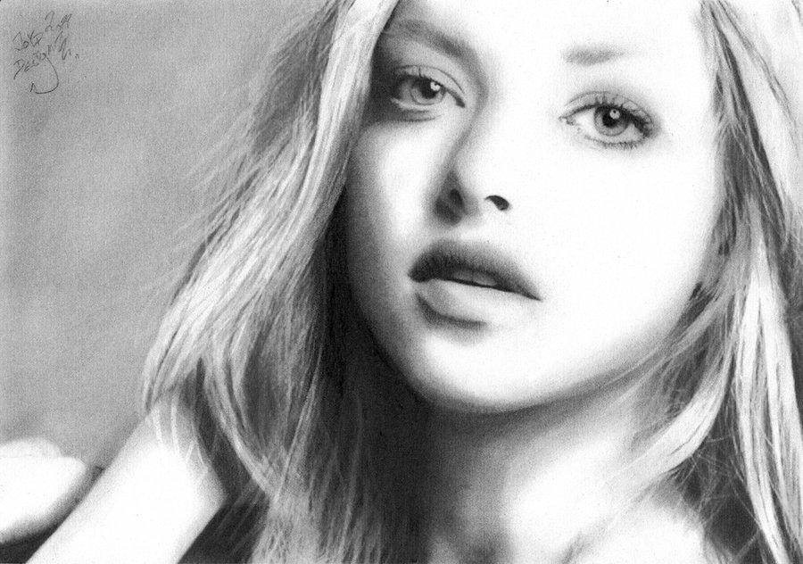 amanda_seyfried_by_joyddesign-d4jnu01 Stunningly And Incredibly Realistic Pencil Portraits