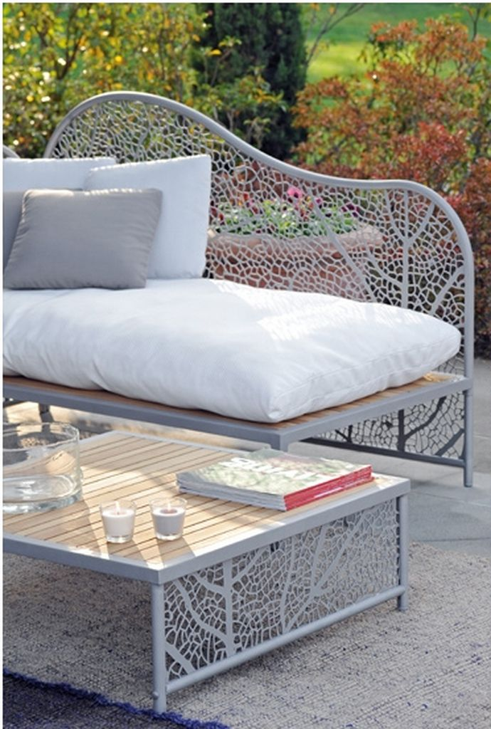 balcony-furniture-weather-resistant-design-with-different-textures-11 How Do You Choose Your Balcony Furniture?