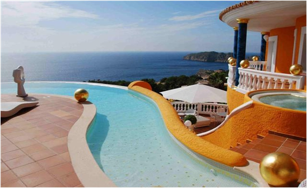 beuty-landscape-magnificent-and-luxury-villa-in-spanish-coast 14 World's Most Luxurious Retreats in The World
