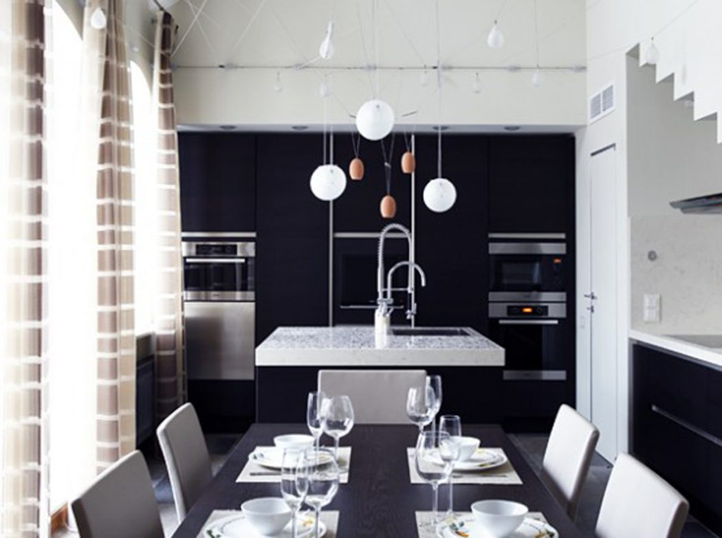 black-and-white-dining-room-decor 25 Elegant Black And White Dining Room Designs