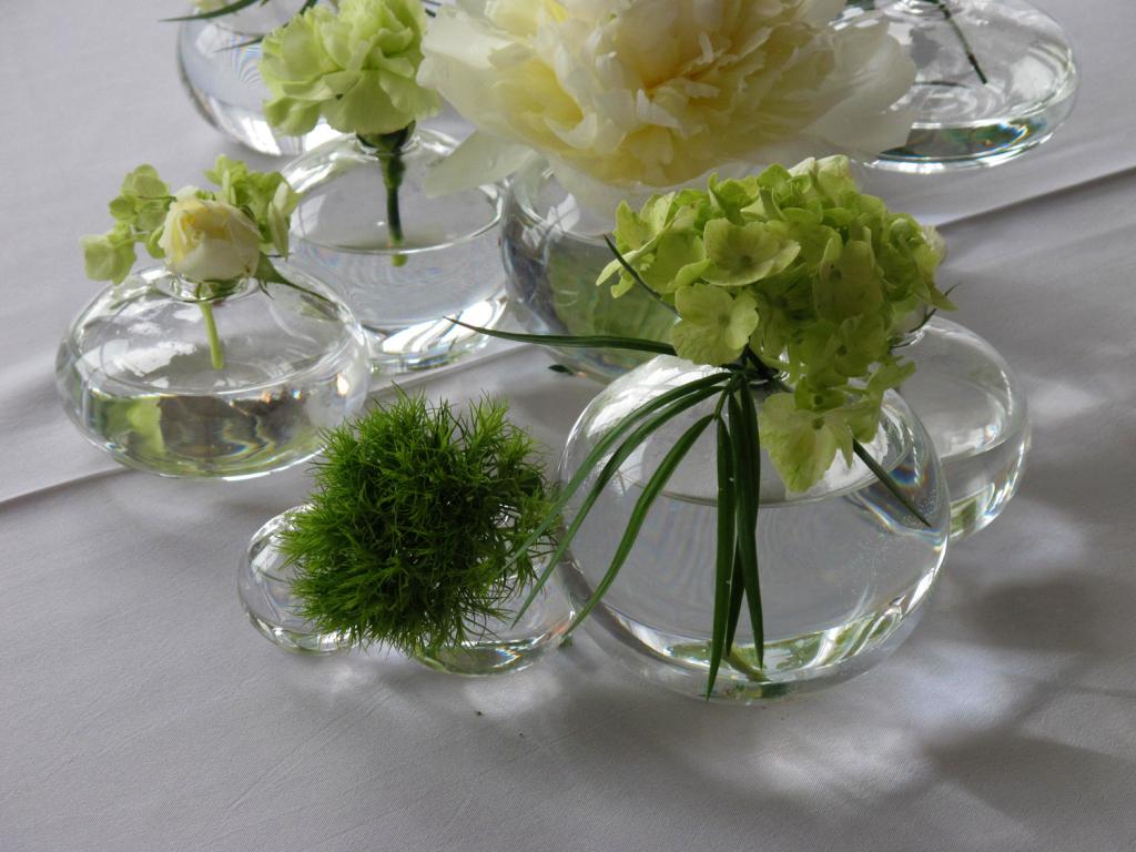cloud-vases-3 20 unique wedding giveaways ideas