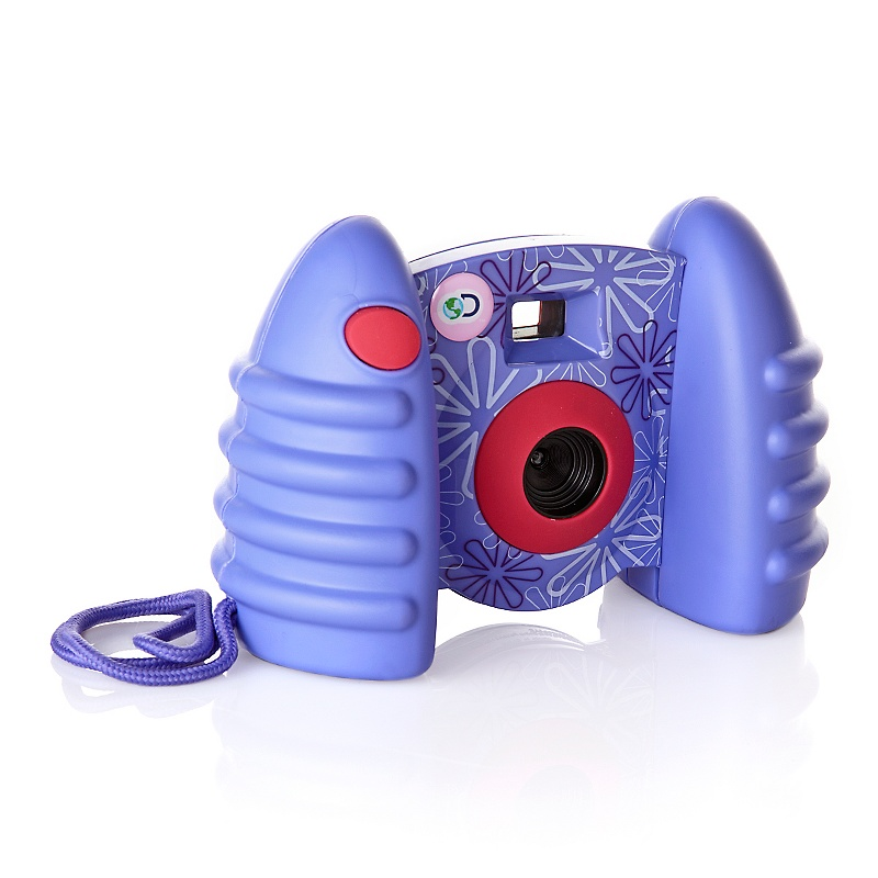 discovery-kids-usb-compatible-digital-camera-with-video-d-00010101000000201670 15 Creative giveaways ideas for kids