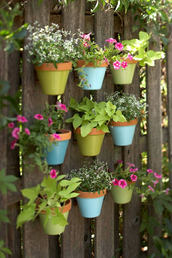 diy-off-the-wall-suspended-gardens2 10 Fascinating and Unique Ideas for Portable Gardens