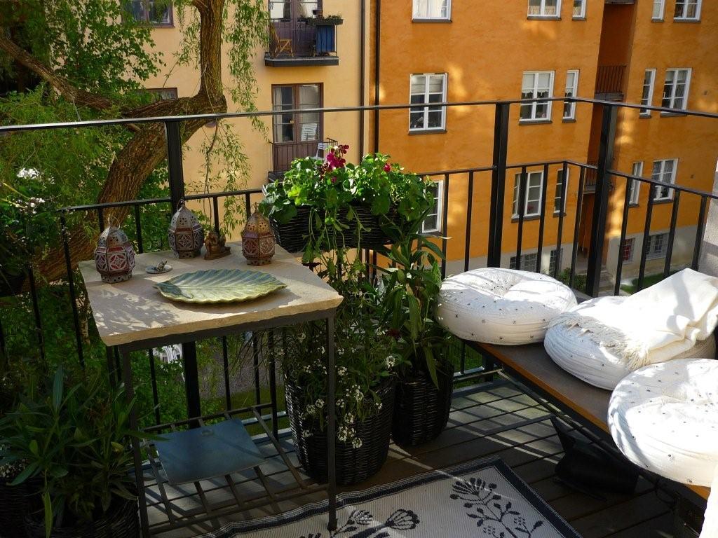 erkély-posterous-com How Do You Choose Your Balcony Furniture?