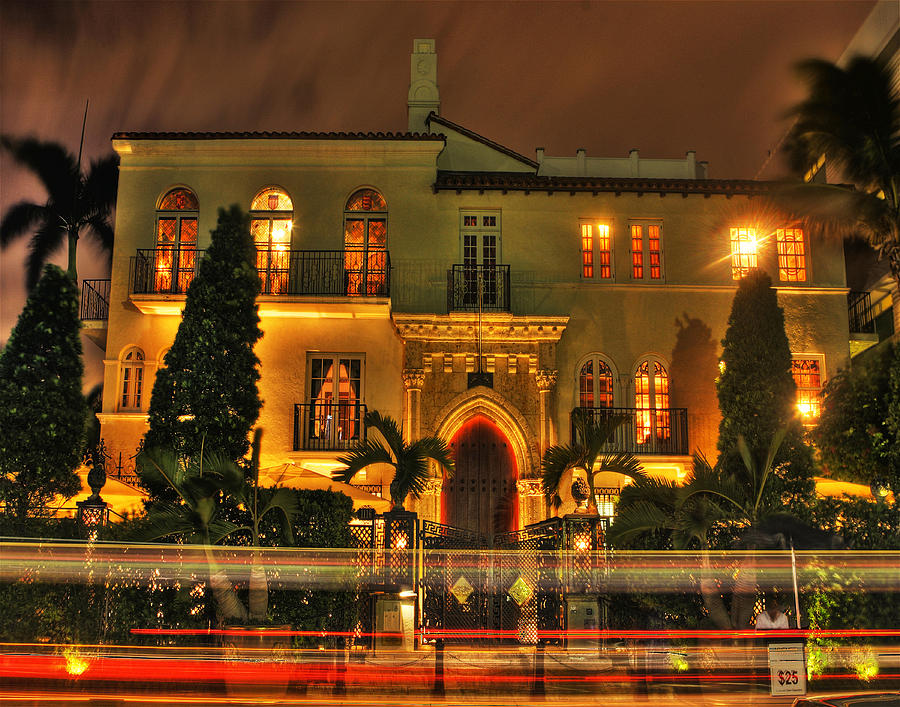 gianni-versace-mansion-roman-fern Top 15 Most Expensive Celebrity Homes