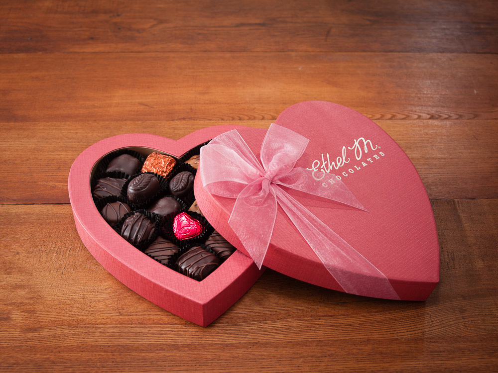 heart 35 Most Mouthwatering Romantic Chocolate Gifts