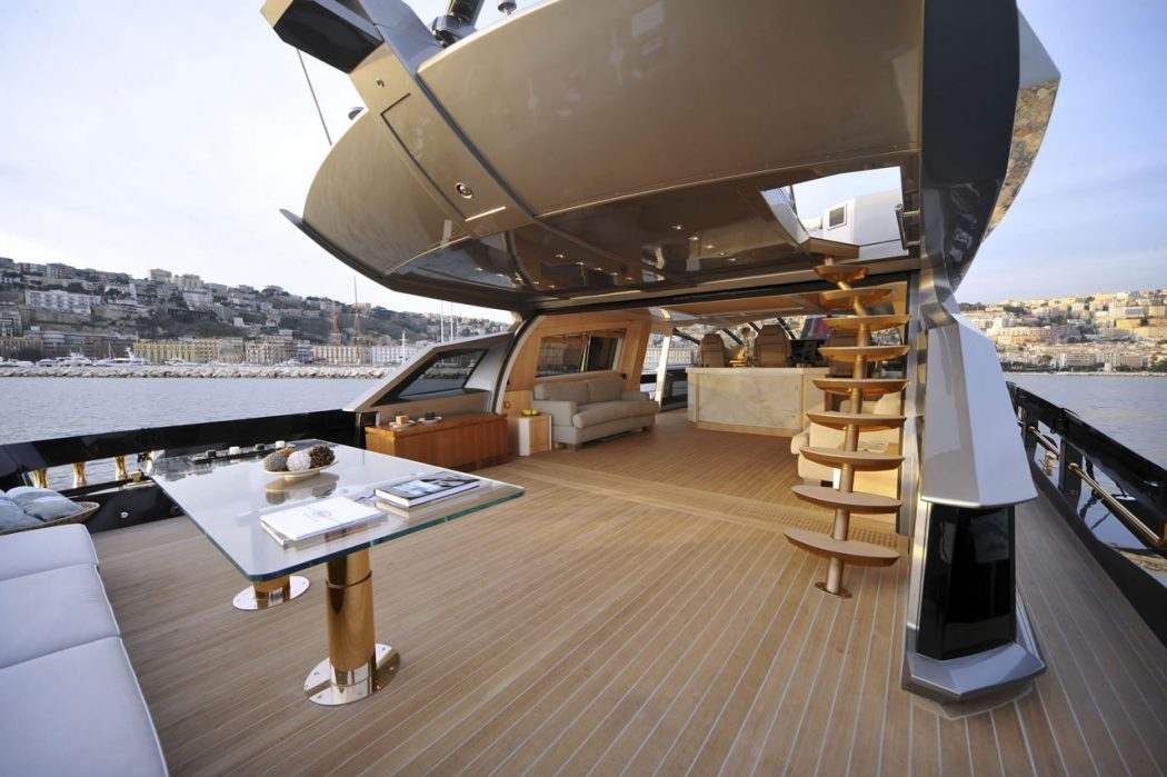 history-supreme-yacht-3 15 Most luxurious Yachts in The World