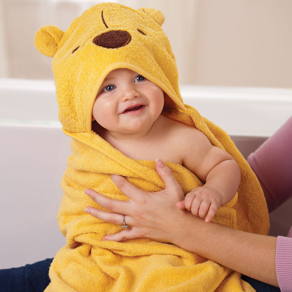 hooded-towel-disney-baby-photo-1800x1800-dcp-31 Best 25 Baby Shower Gifts