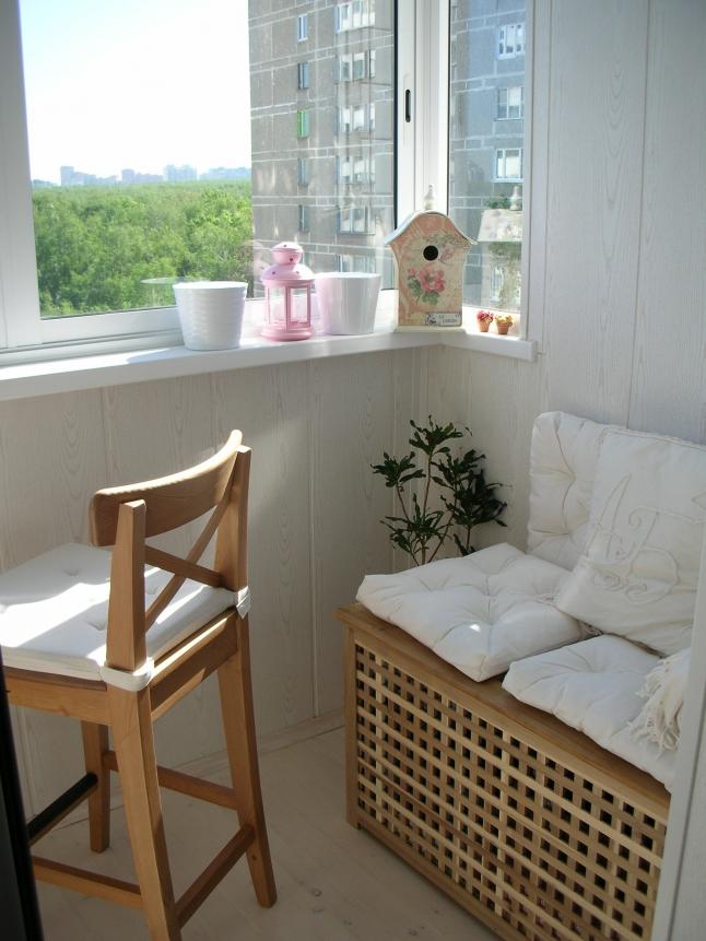 ikea-balcony-18 How Do You Choose Your Balcony Furniture?