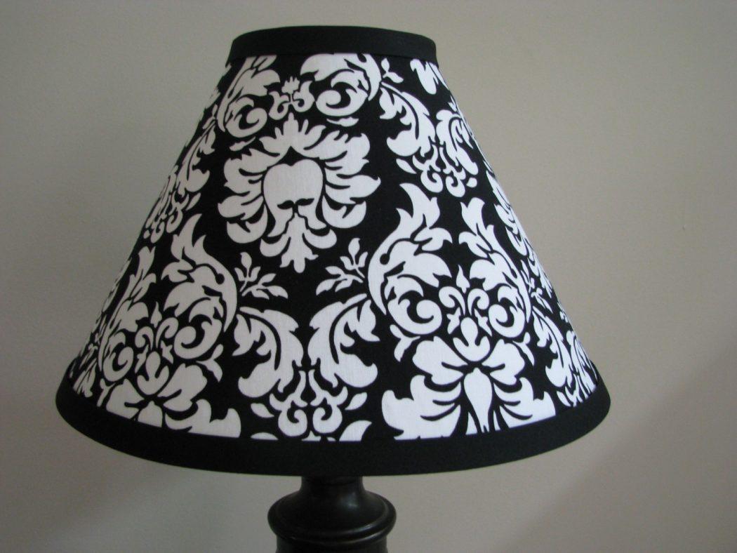 il_fullxfull.172359367 25 Elegant Black And White Dining Room Designs