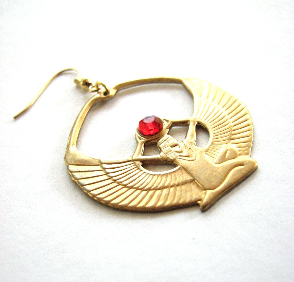 isis-earring 35 Goddess Jewelries for Those Who Like History