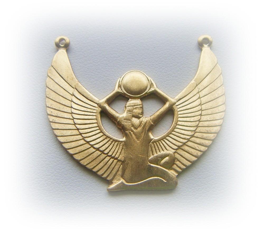 isis 35 Goddess Jewelries for Those Who Like History