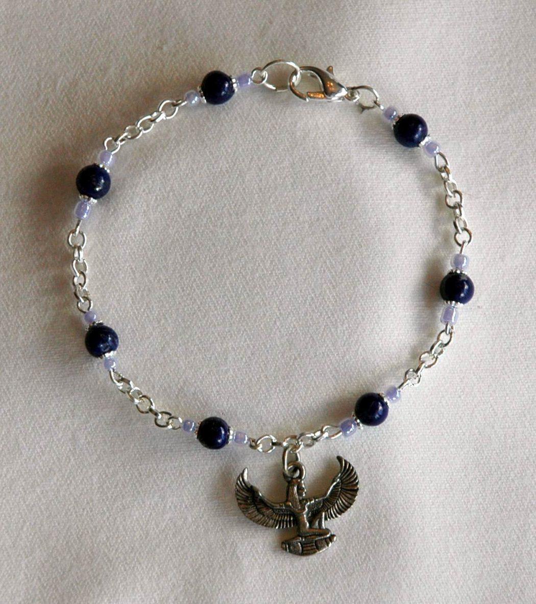 isisDSC 35 Goddess Jewelries for Those Who Like History
