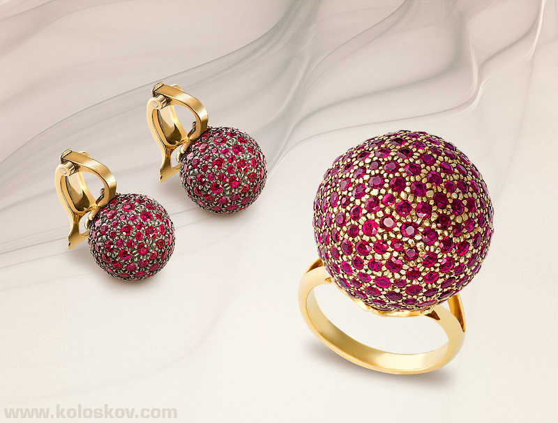 jewelry-photographer-golden-ring-earrings Best 30 Inspiring Jewelry Designs