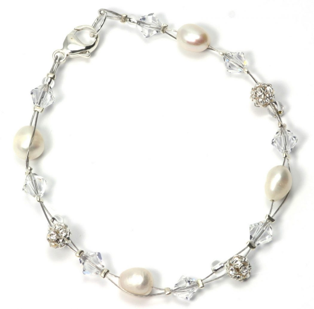 julieannbeads.co_.uk-Allure-Flower-Bracelet-£25.00 Best 30 Inspiring Jewelry Designs