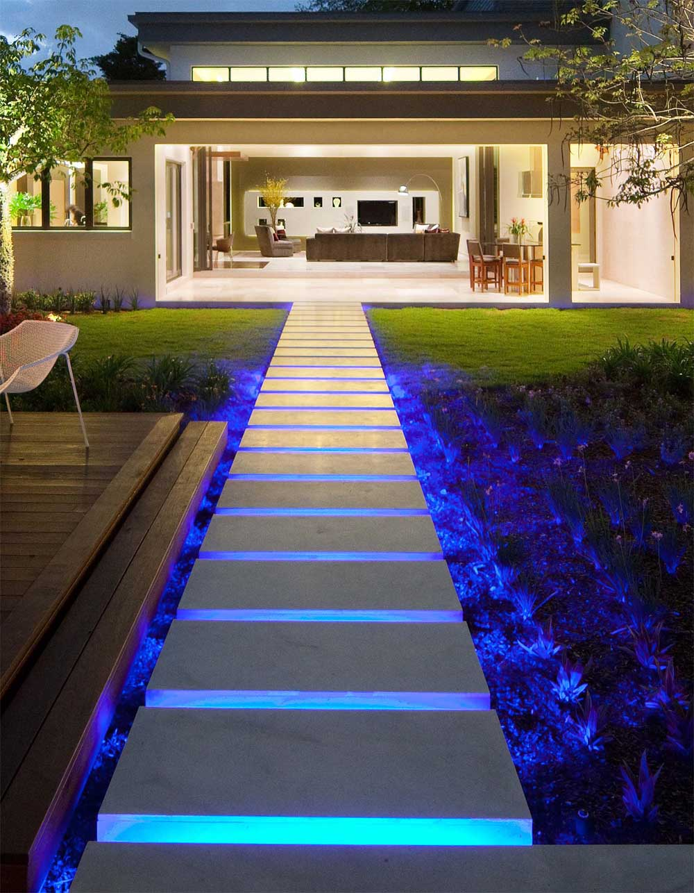 led-lighting-steps LEDs 10 uses in Architecture