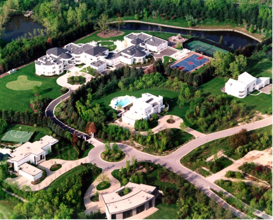 michael-jordans-mansion-TheSuiteWorld Top 15 Most Expensive Celebrity Homes