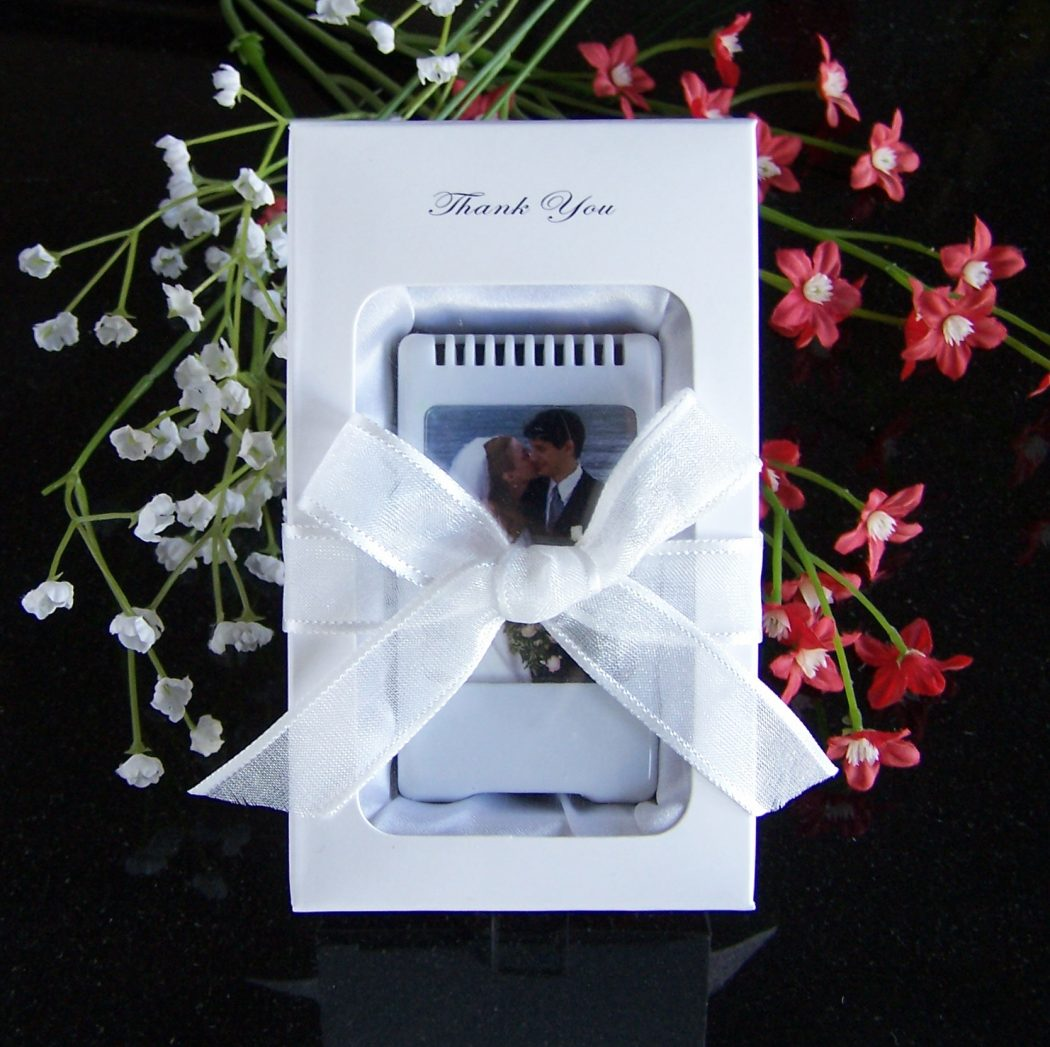 package-wedding-2 20 unique wedding giveaways ideas