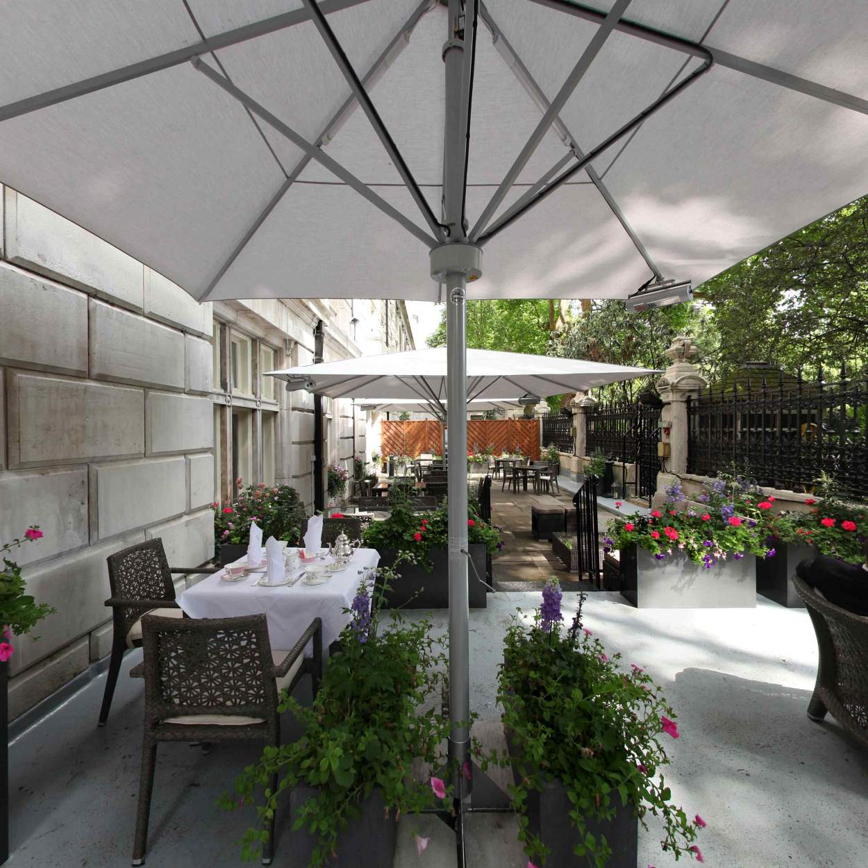 pano34a_l Why Royal Horseguards Hotel is The Best in London