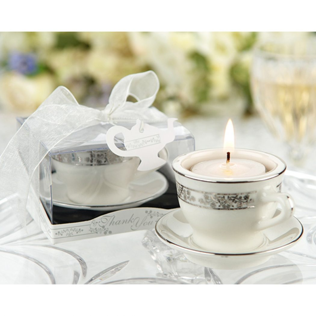 porcelain_teacup_favor 20 unique wedding giveaways ideas