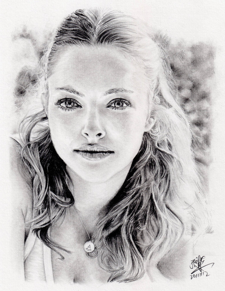 process_of_drawing_amanda_seyfried_by_chaseroflight-d5ln50i Stunningly And Incredibly Realistic Pencil Portraits