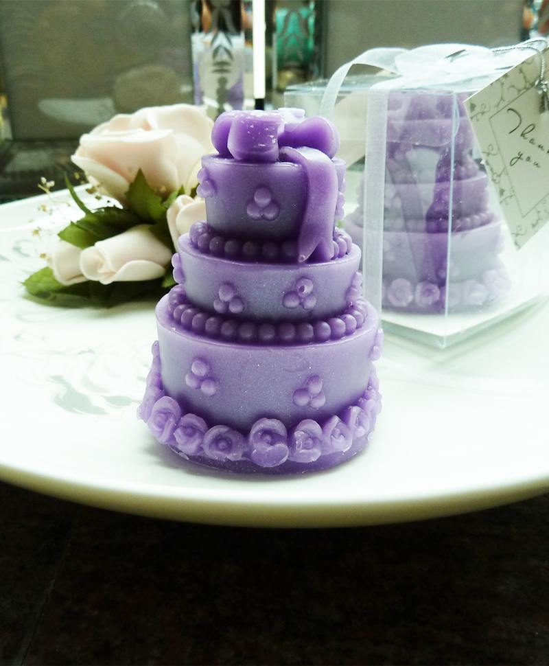 purple-cake-candle-wedding-favors 20 unique wedding giveaways ideas