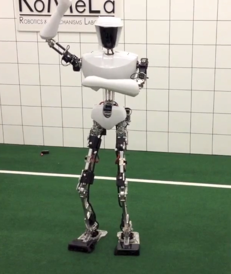 robot-gangnam Are you stressed? Watch these Robots Dancing Gangnam Style