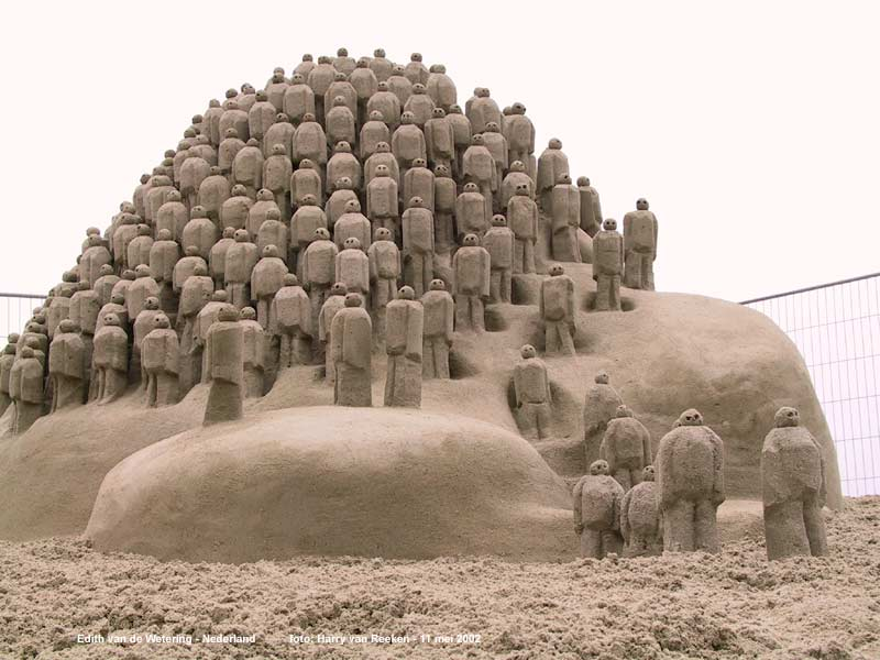 sand_sculpture Learn How to Make Sand Art By Following These Easy Steps