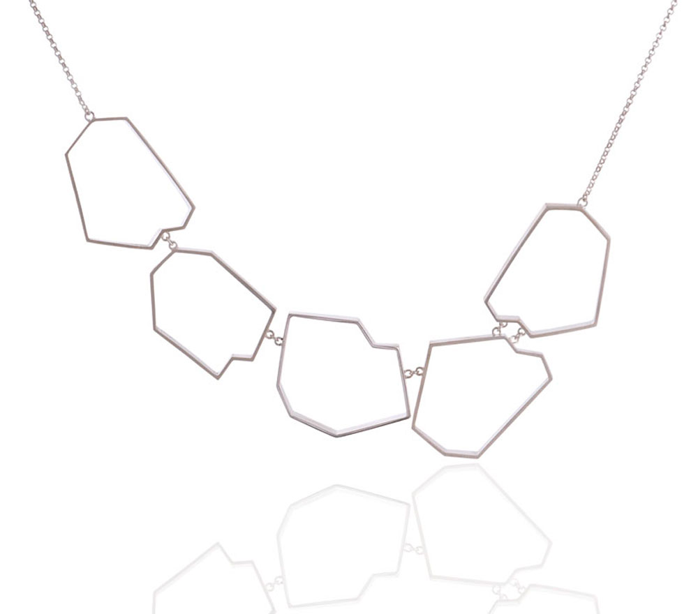 silver-faceted-necklace 15 Most Stylish Architectural Jewelry
