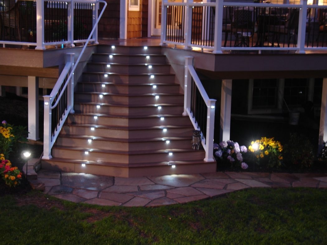 stairlightphoto1 LEDs 10 uses in Architecture