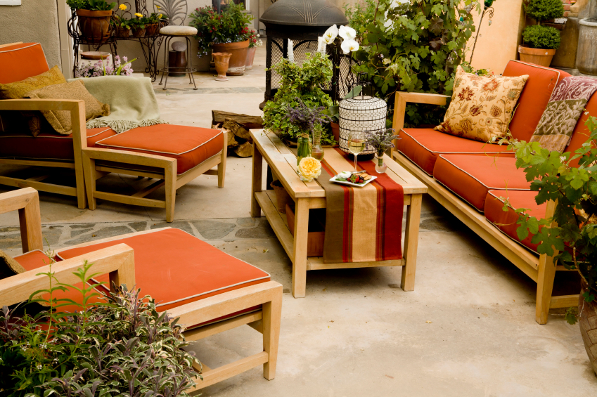 teak-patio-furniture How Do You Choose Your Balcony Furniture?