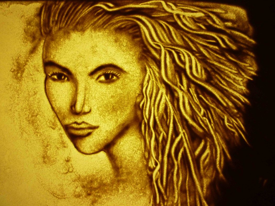 the-lady Learn How to Make Sand Art By Following These Easy Steps