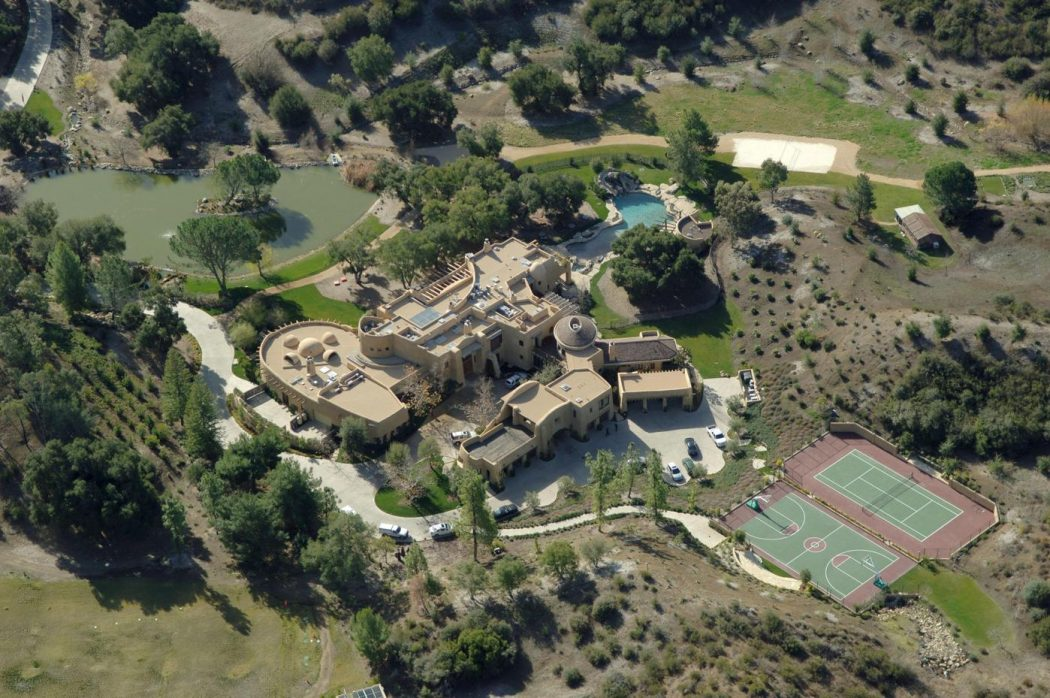 will-smith Top 15 Most Expensive Celebrity Homes