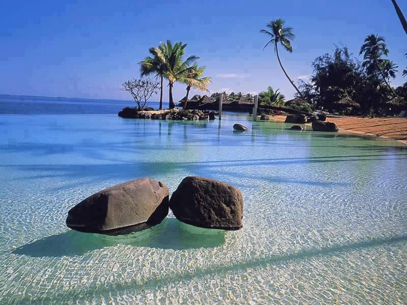Caribbean-Island-of-Saint-Lucia Top 10 Most Luxurious Honeymoon Destinations