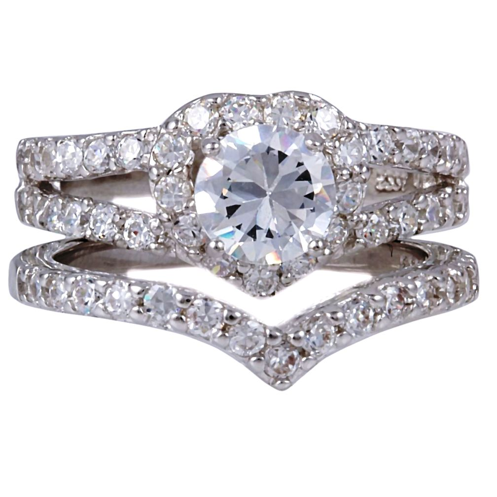 Heart-Shaped-Russian-Ice-Cubic-Zirconia-Wedding-Ring-Set Surprise Your Fiance With Diamond Engagement Ring, But How !!