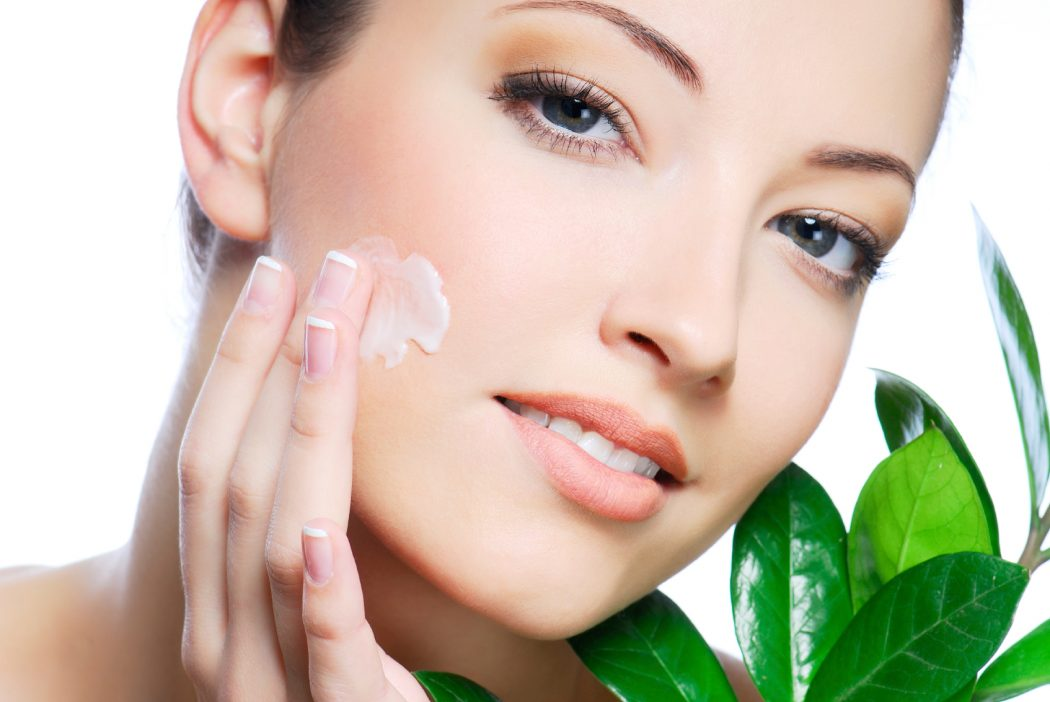 Homemade-Facial-Mask10 Make Your Own Natural Facial Mask By Yourself