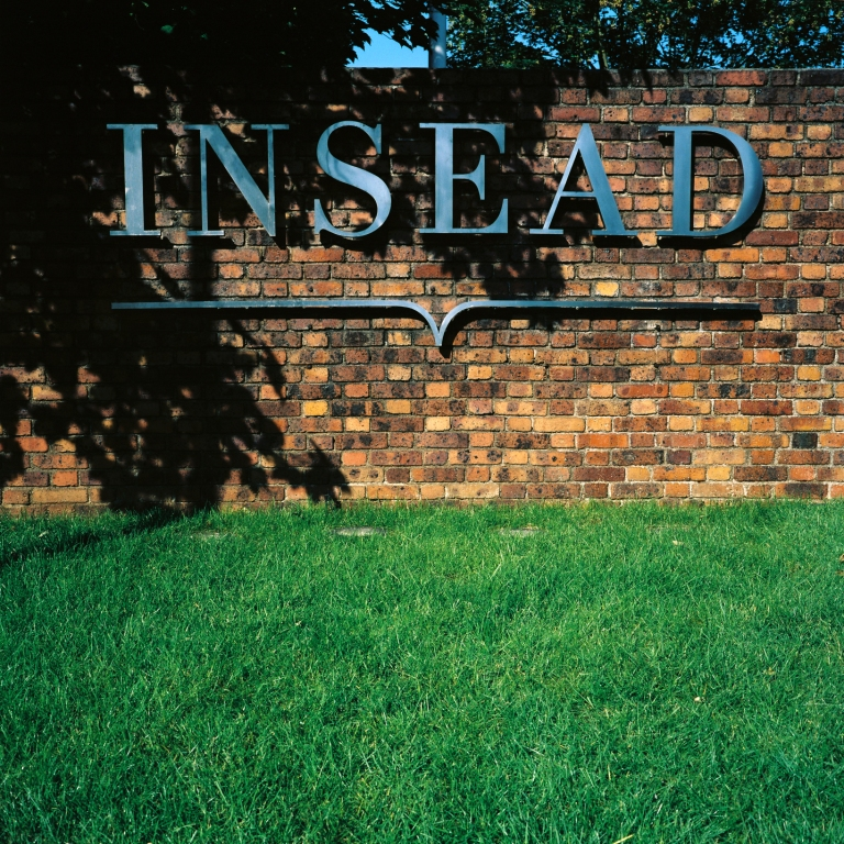 INSEAD-entrance Top 15 MBA Programs & Business Schools