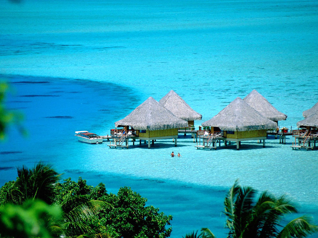 Taiti_BoraBora_1 Top 10 Most Luxurious Honeymoon Destinations .. [2019 Trends]