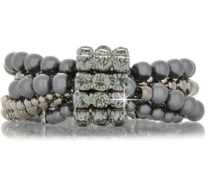 black-pearl-bracelet-1 What Are The Best Types Of Pearls For Evenings And Occasions?