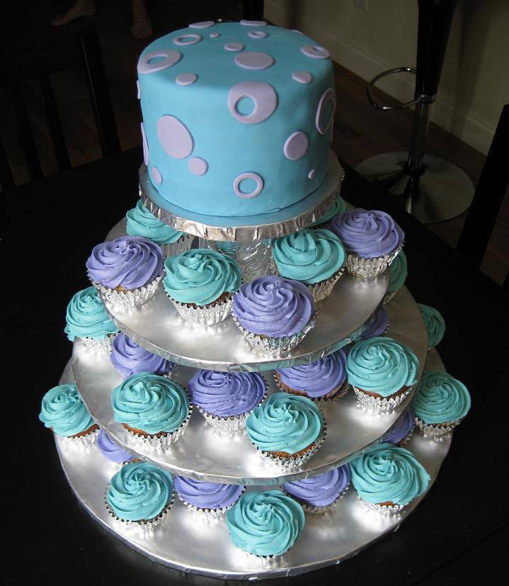 large-cupcake-weddingcakes Cupcakes Are So Easy To Be Made At Home